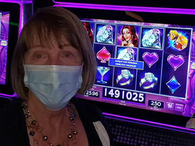 Muriel K. won $14,910 playing Lock It Link-Diamonds at Quil Ceda Creek Casino North of Everett, Washington.
